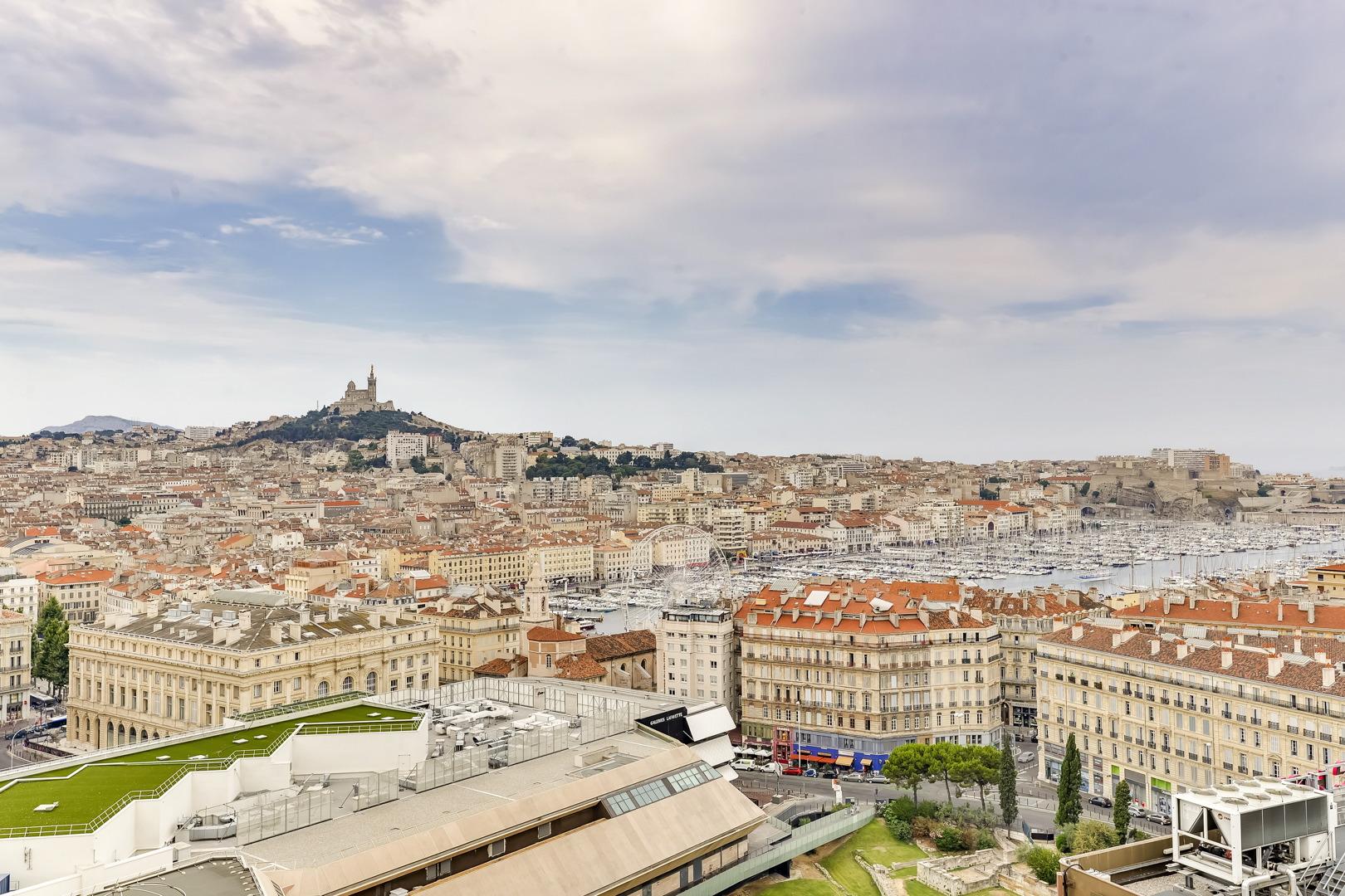 Vue époustouflante au coeur de Marseille Labourdette.