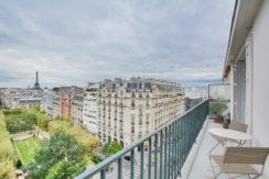 balcon Dernier Etage Paris-10