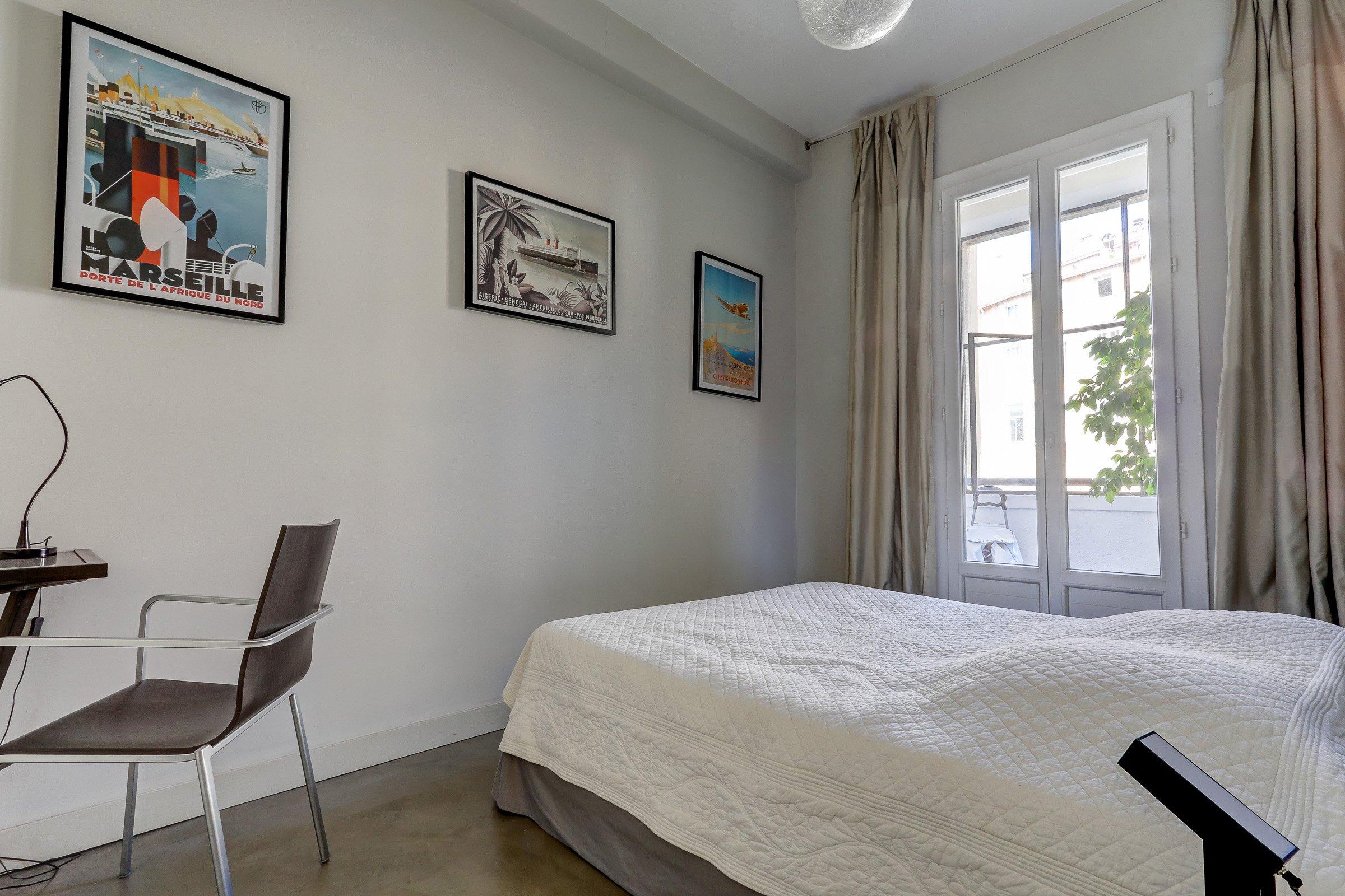 chambre2_panier_vueimprenable_vieuxport_marseille_notredame_castel_pouillon
