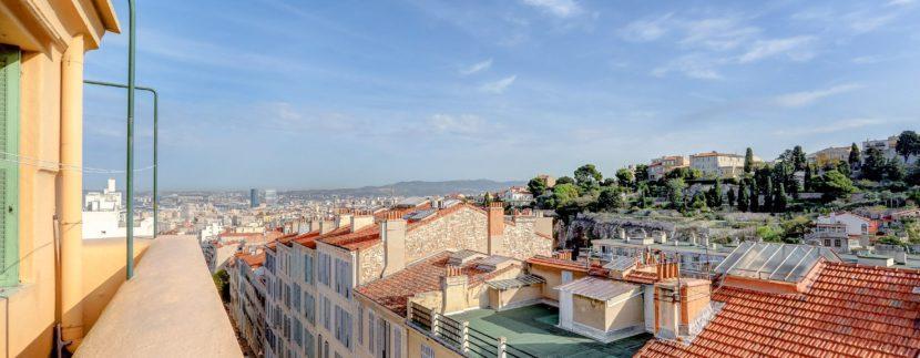 facade_marseille_endoume_13007_vueimprenable_notredame_labonnemere_appartement_13007_balcon2