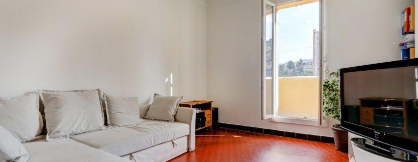 facade_marseille_endoume_13007_vueimprenable_notredame_labonnemere_appartement_13007_salon2